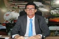 ALTAMIR FOCHESATTO PRESIDE A ÚLTIMA SESSÃO DE SEU MANDATO À FRENTE DO LEGISLATIVO DE NOVA MAMORÉ