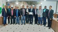 CÂMARA DE NOVA MAMORÉ ENTREGA MOÇÃO DE APLAUSOS PARA DEFENSOR PÚBLICO DE GUAJARÁ-MIRIM